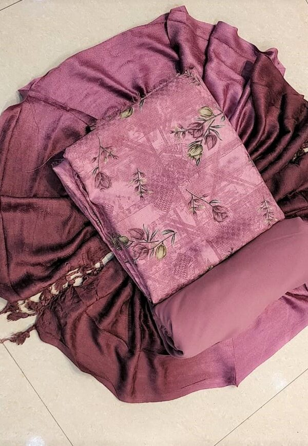 Purple Coloured Woollen Pashmina Suit with Stall